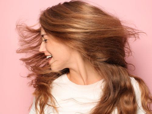 Biotyna – wsparcie dla osłabionych włosów i paznokci